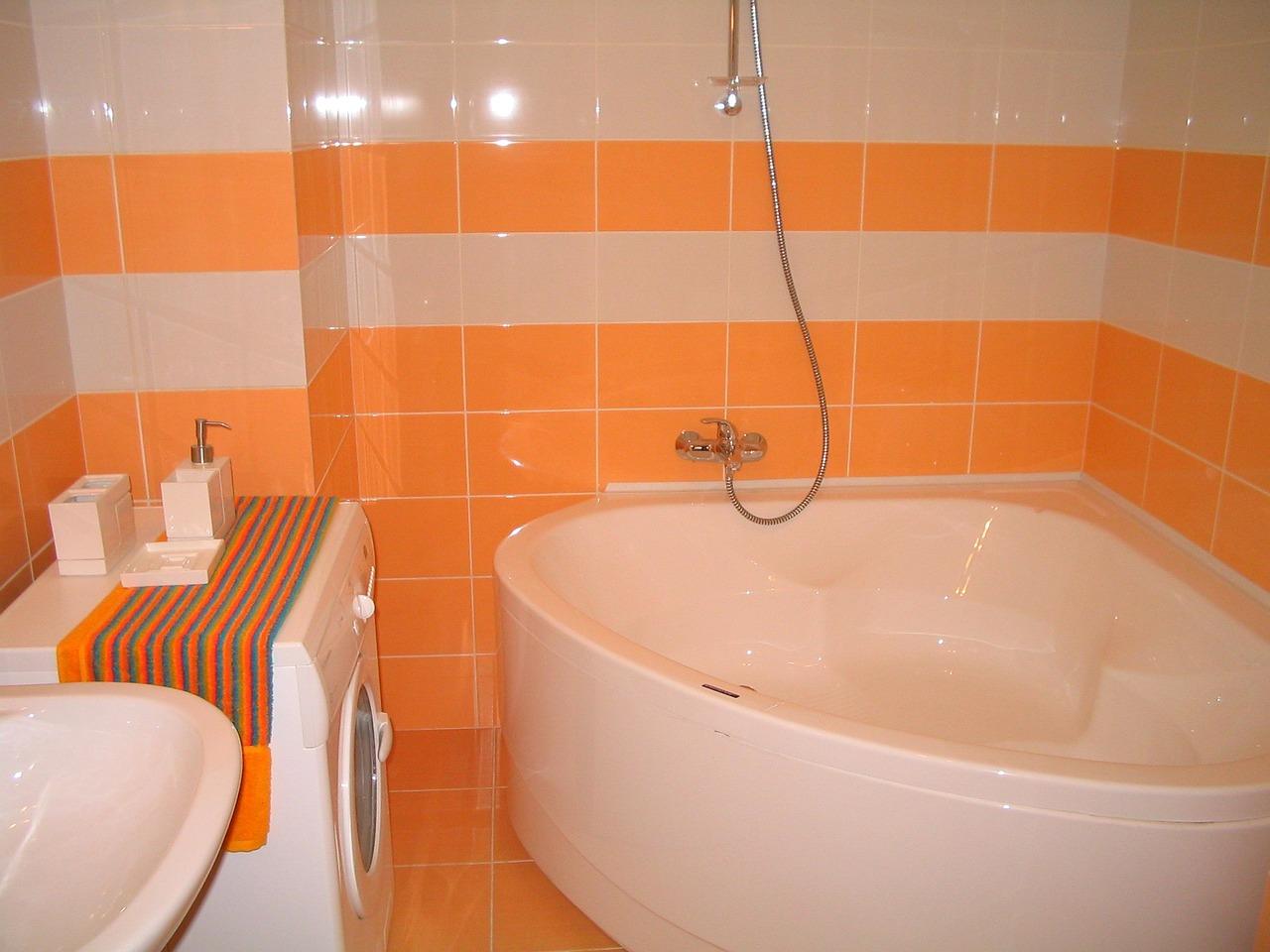 bathroom-1178723_1280